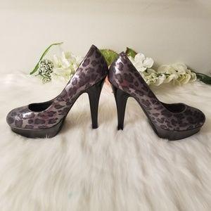 Guess Animal print heels Size 7.5